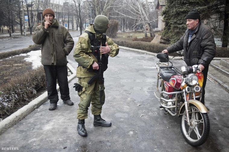 2015-02-03T141443Z 1188614020 GM1EB231POI01 RTRMADP 3 UKRAINE-CR