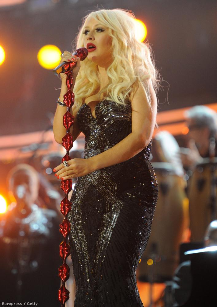 2011: mostani testméretének körülbelül háromszorosa volt, de a hangja ekkor is egy istennőé.