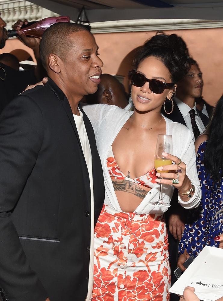 Rihanna csak a szokásos fomáját hozta.