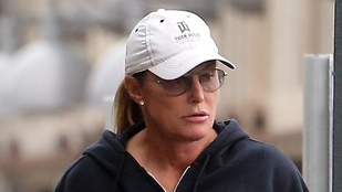 Bruce Jenner sms-ezett a balesetekor?