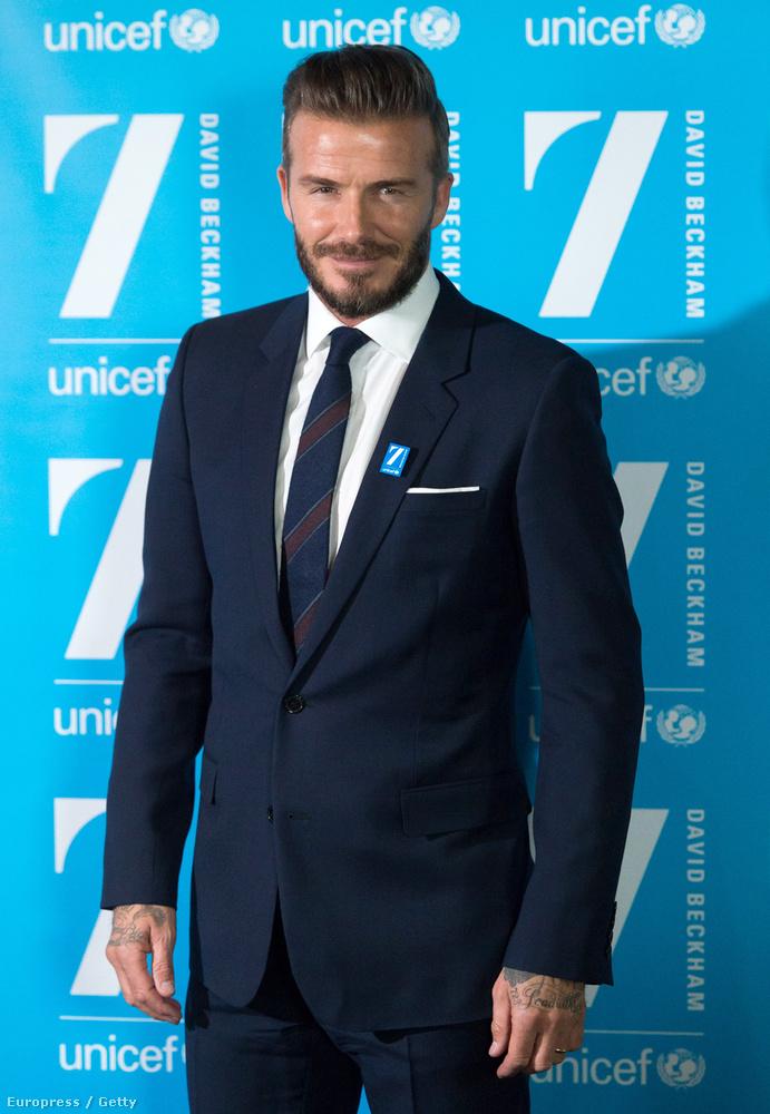 Hétfőn pedig azt ünnepelte, hogy már tíz éve a UNICEF nagykövete