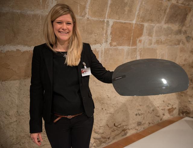 Veronika Daubmeier színtervező az új Nimbus-szürkével