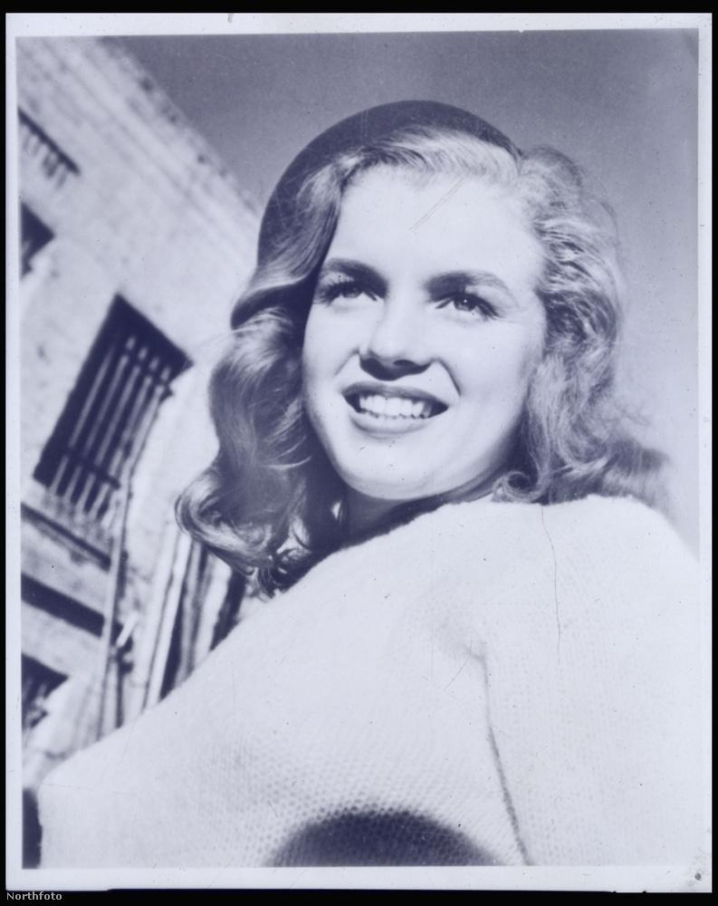 Előkerült néhány kép azok közül, amelyek Marilyn Monroe első portfóliójában szerepeltek