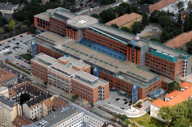 A Honvédkórház és új szárnya 2007-ben