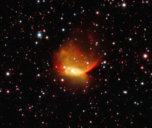 A Henize 2-428 katalógusjelű planetáris ködnek az ESO VLT távcsőegyüttesével készített képe.