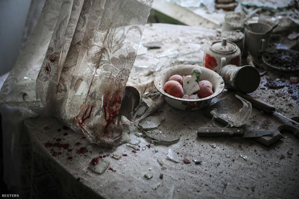 Ez a szomorú donyecki életkép nyerte az első díjat kiemelt hír kategóriában.