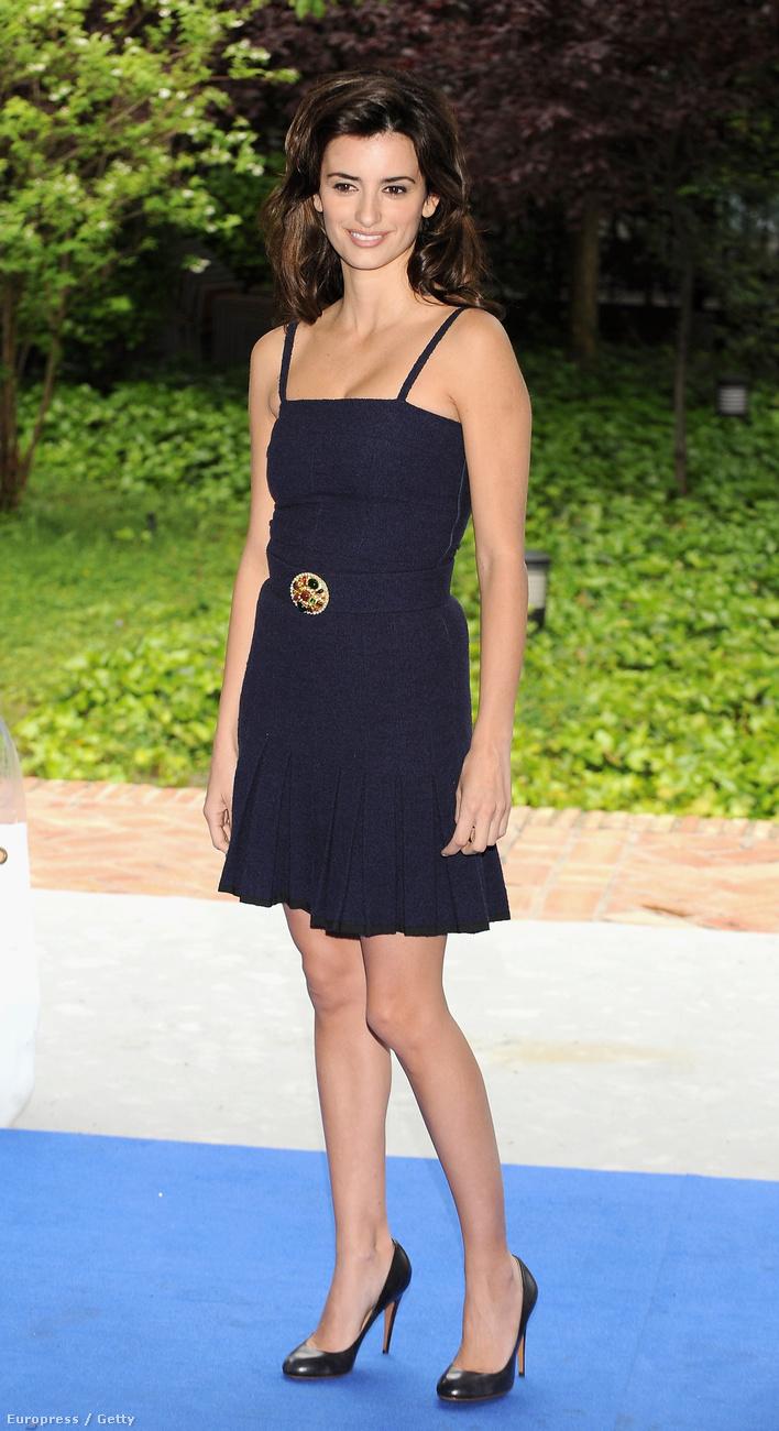 Penelope Cruz és Javier Bardem együtt szerepelt a 1997-ben az Eleven húsban, a pár 1992-ben játszott együtt először a Jamon Jamon filmben