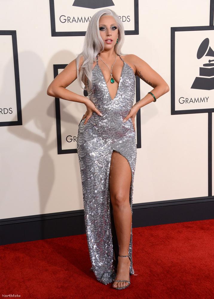 Lady Gaga is egészen pornósan nézett ki, de valahogy mégis szépnek tűnt.