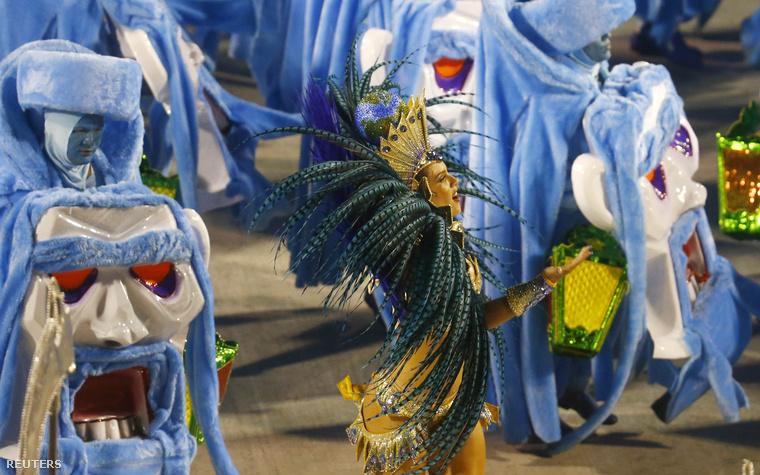 Egy ideje már fut a karneváli szezon, és végre beindult a legismertebb, riói buli is.