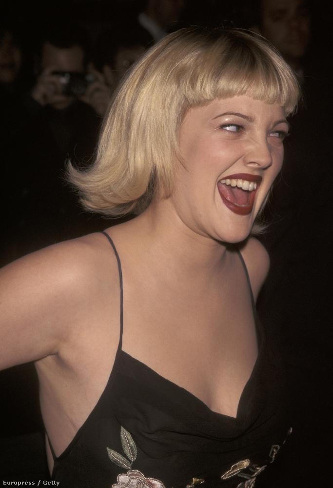 1998                         Egyébként ha pofákat vágó színésznőt akar nézegetni, akkor keressen rá Drew Barrymore képeire