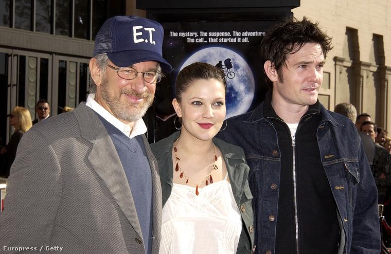 2002-ben, az E.T