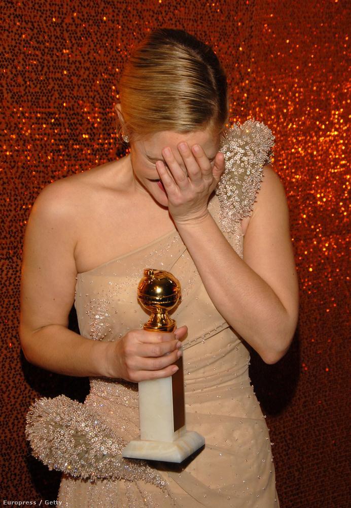 2010-ben végre megkapta élete első Golden Globe díját a Két nő - egy ház című filmért
