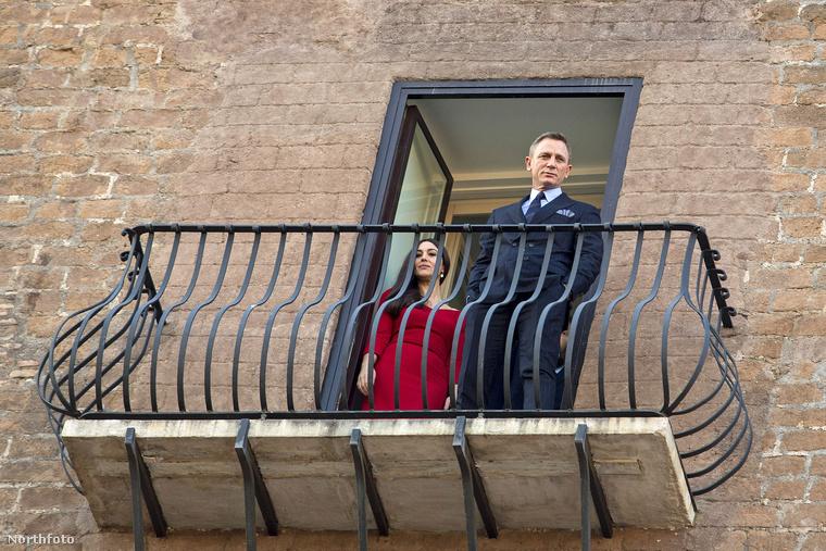 Ahhoz persze, hogy ilyen jól nézzenek ki az erkélyen, előbb meg kellett érkezniük.