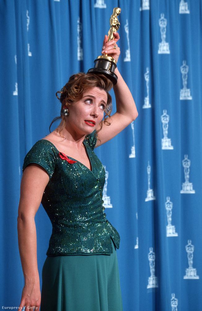 Emma Thompson elsőre nemigen tudott mit kezdeni a Szellem a házbanért kapott díjával (1993).