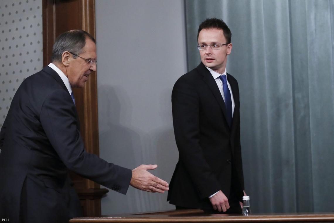 Szijjártó Péter Szergej Lavrov orosz külügyminiszterrel, Moszkvában.