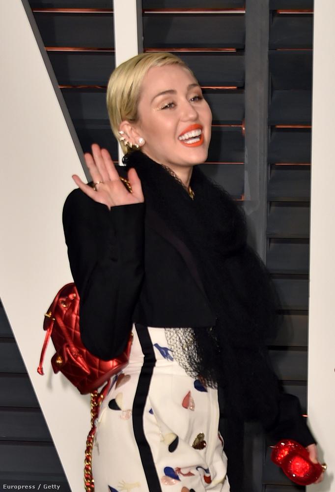 Miley Cyrus jelenélete is tök érthetetlen
