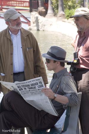 A fekete dália forgatásánBrian De Palma rendező, Zsigmond Vilmos ésJosh Hartnett