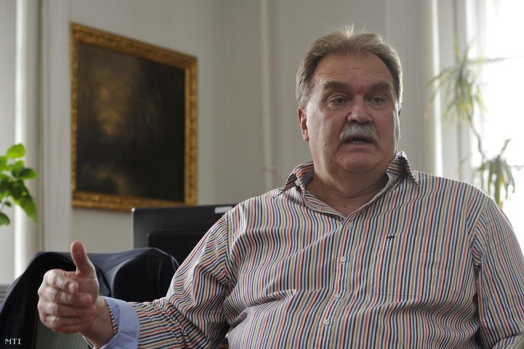 Cseri Miklós