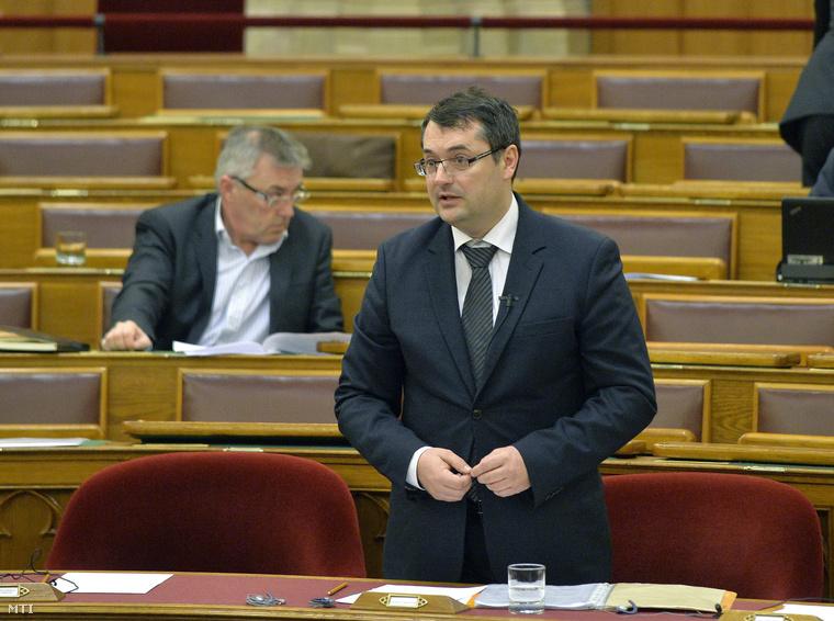 Patyi Gergely az Országgyűlés plenáris ülésén 2015. február 26-án.