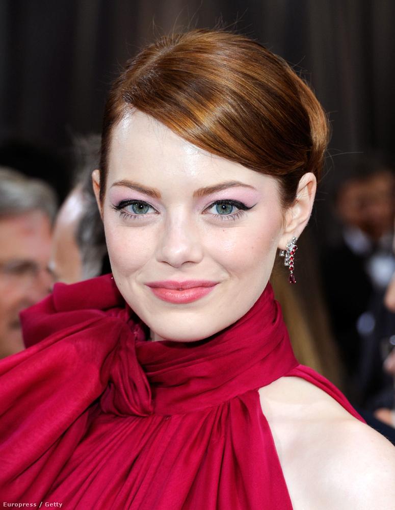 Emma Stone vörös