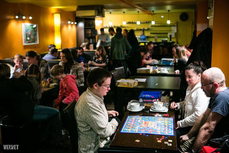 07-boardgamecafe-150307-IMG 9804