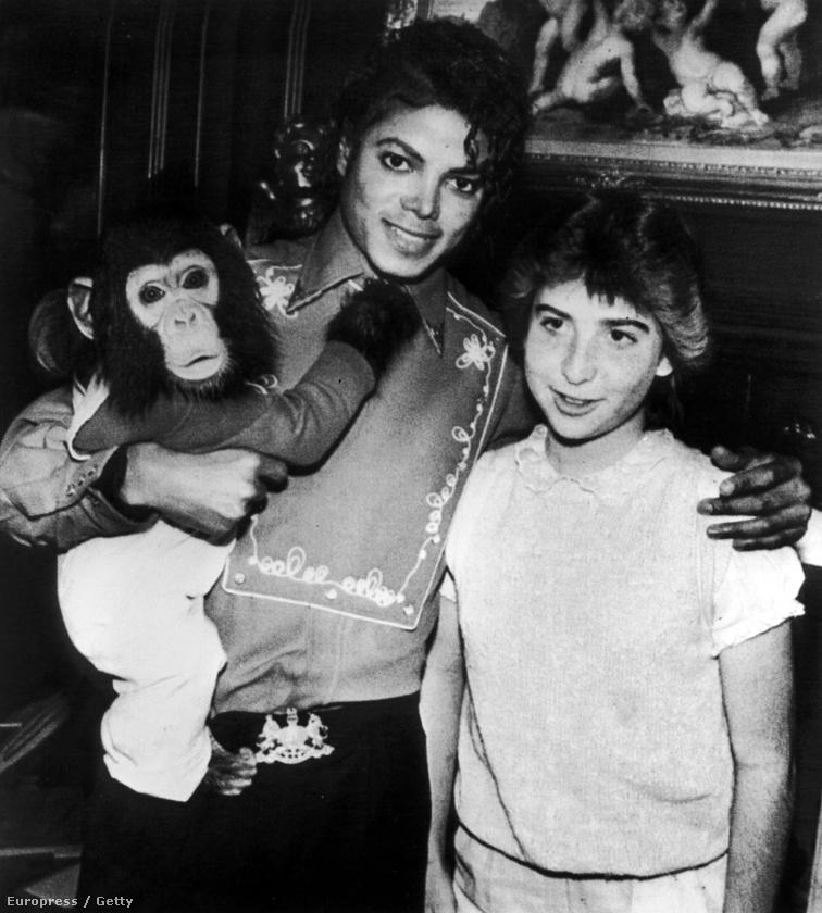 Tessék, Michael Jackson egy random majommal