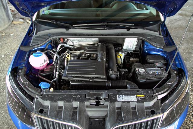 Remek kis motor a 110 lóerős 1.2 TSI, de a DSG váltó mindent megtesz annak érdekében, hogy ezt másképp gondoljuk