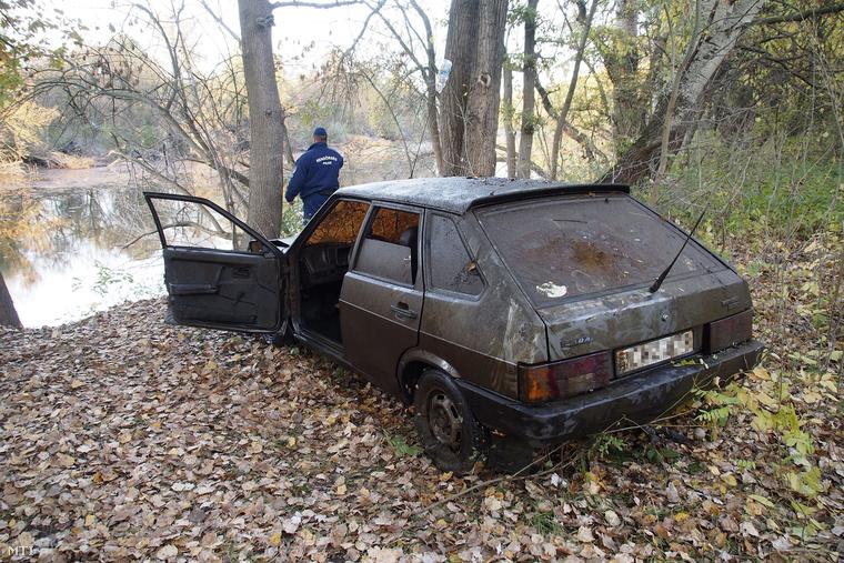 A Holt-Tiszából 2013-ban kiemelt lopott személygépkocsi.