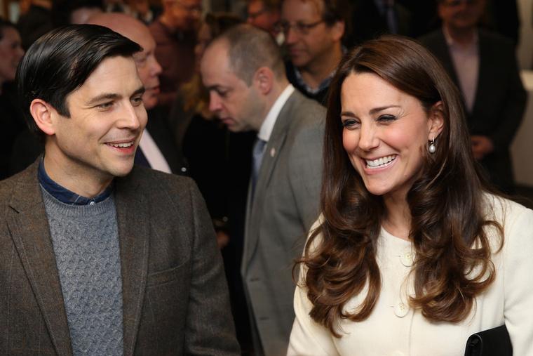 Katalin hercegné a sorozatban Thomast játszó inassal is jól érezte magát
