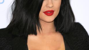 Kylie Jenner alapozókatasztrófája a melleinél is nagyobb