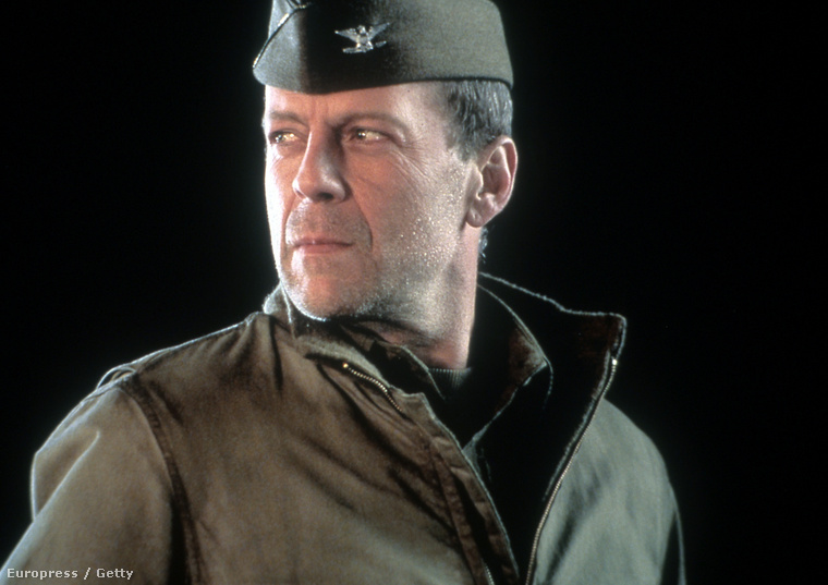 Többször is alakított katonát, ami azért érdekes, mert az édesapja katona volt