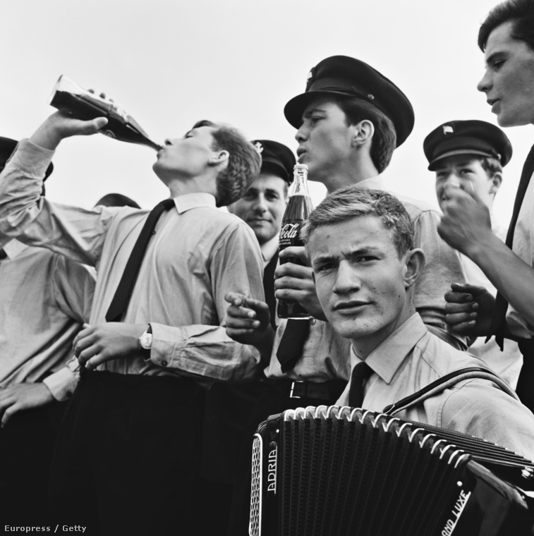 1960 - Svéd katonák kóláznak