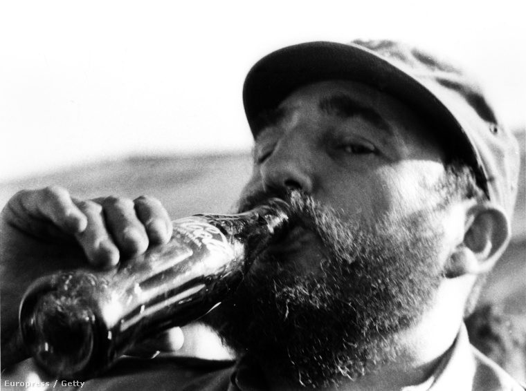 1972 - Fidel Castro kólázik