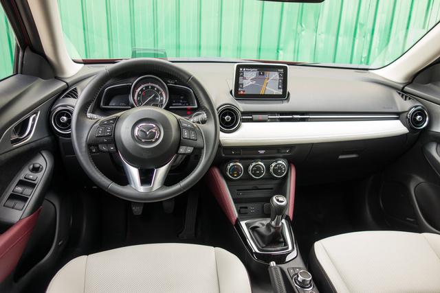 Nem is tagadhatja a rokonságot a Mazda 2-vel