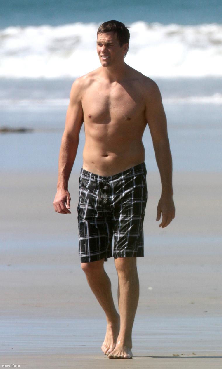Tom Brady a családjával van Costa Ricán