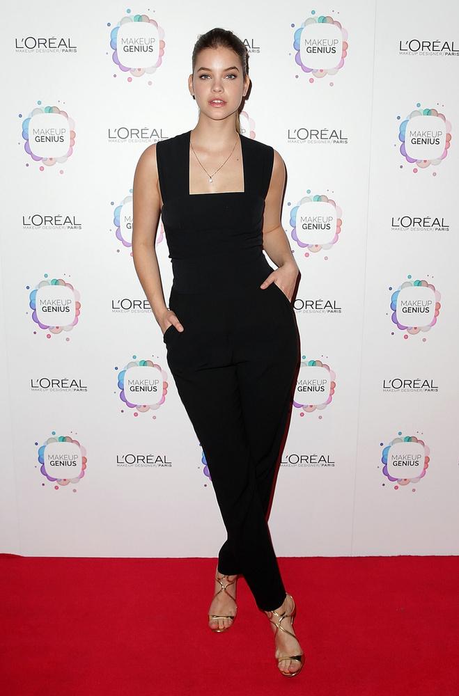 Modellünk, Palvin Barbara nemrég Sydney-ben járt a L'Oreal egyik eseményén, ahol pózolási mánia tört rá