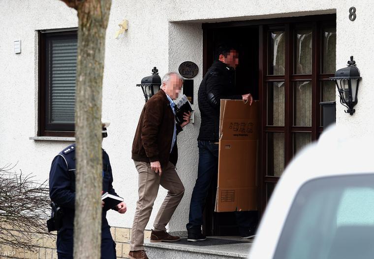 Német nyomozók tartanak házkutatást a másodpilóta düsseldorfi lakásában