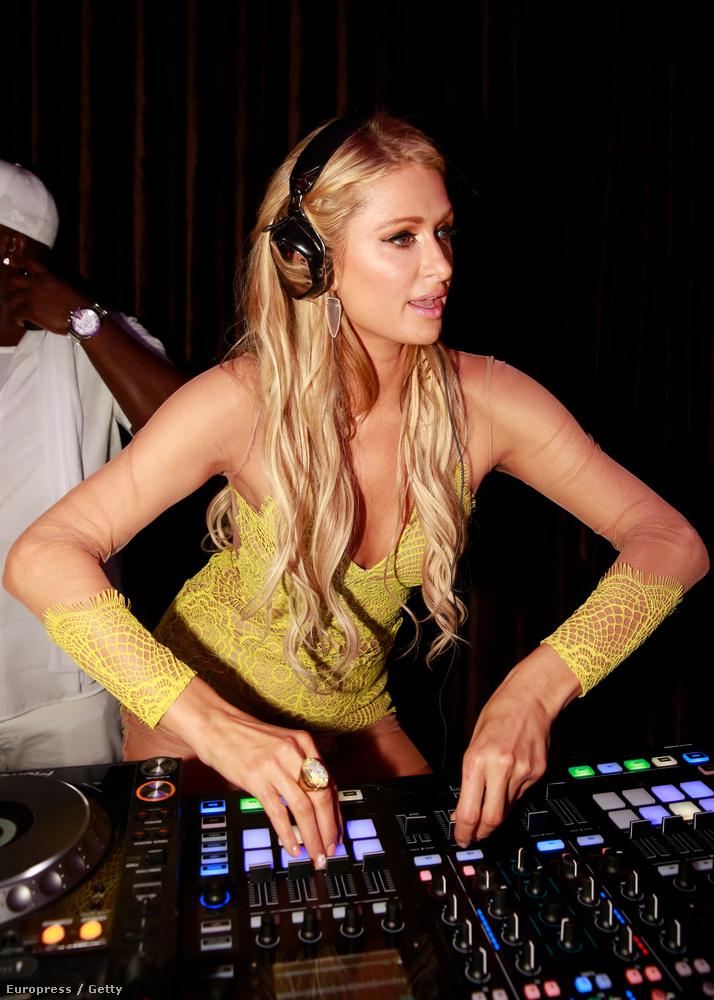 Paris Hilton annyira DJ, hogy nagyon