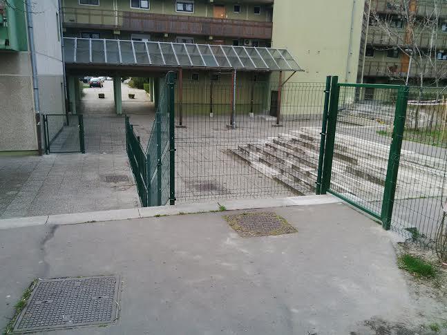 kerítés2lépcső