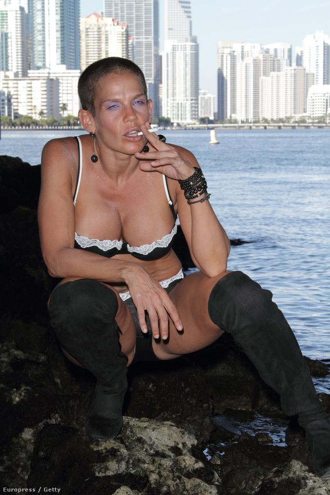 Sok mindent lehet mondani a kubai hírességre, csak azt nem, hogy nőies
