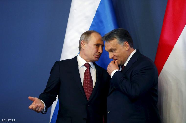 Vlagyimir Putyin és Orbán Viktor Budapesten, a közös sajtótájékoztatójuk előtt.