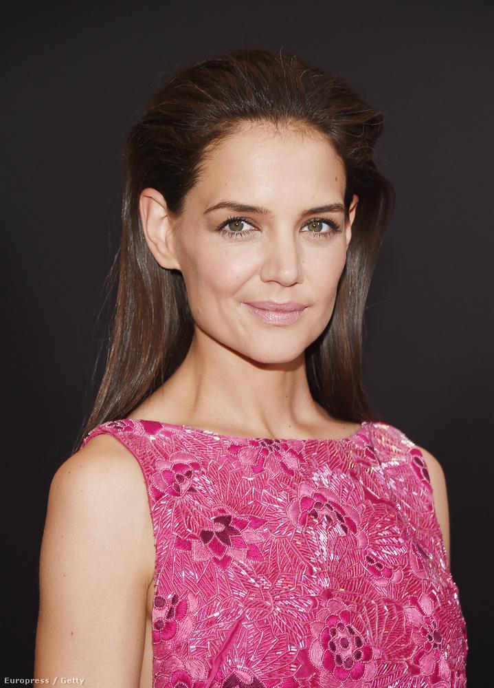 Bemutatták a Woman in Gold című filmet, aminek Katie Holmes Ryan Reynolds és Helen Mirren a főszereplői.