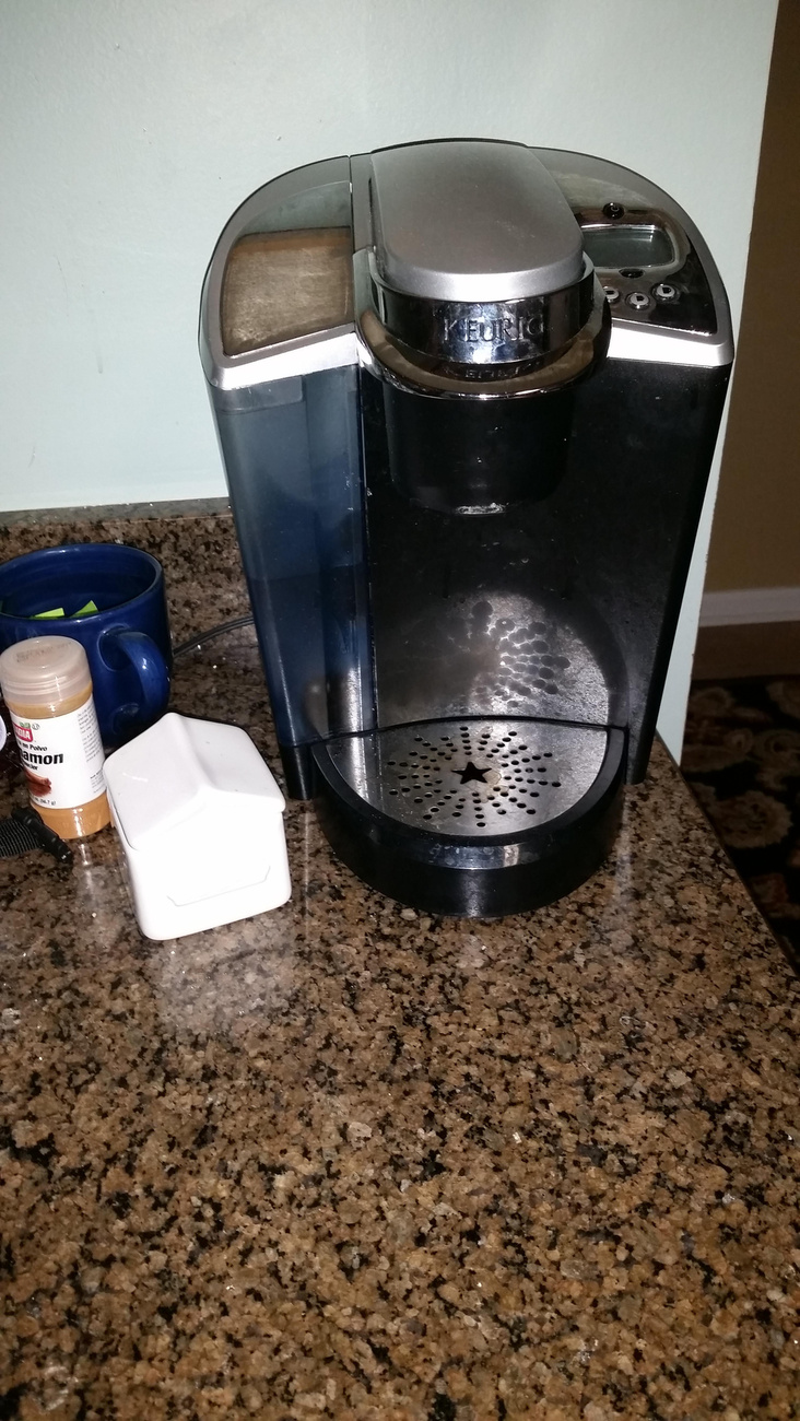De aztán a kávéfőzővel folytatta