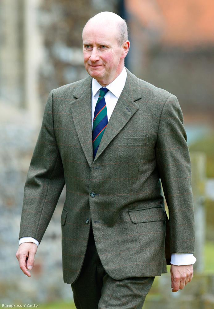 Ő itt Sir Christopher Geidt, Erzsébet királynő személyi titkára