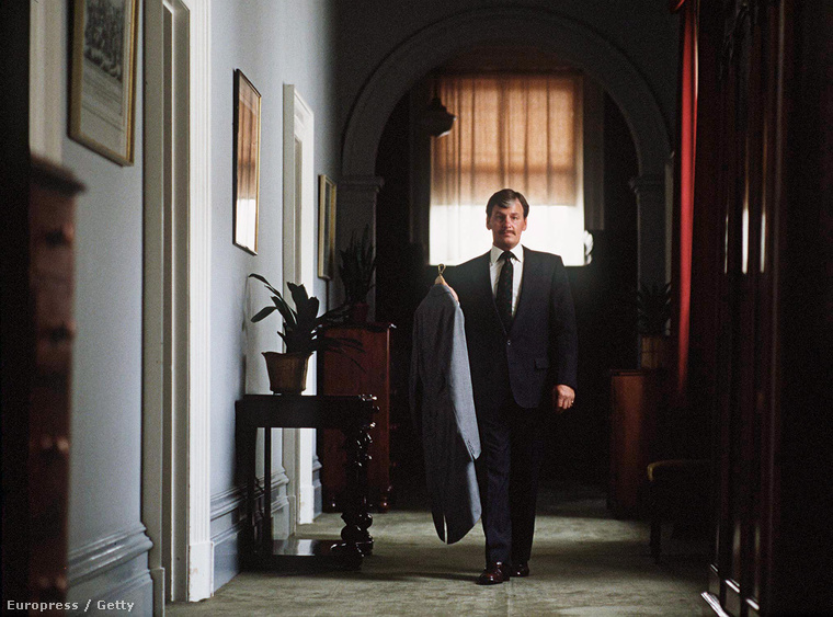 Ken Stronach, Károly herceg inasa 1985-ben