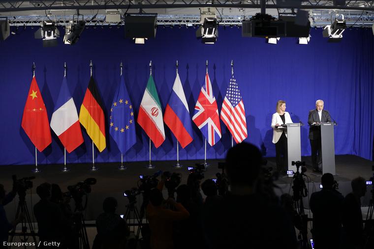 Federica Mogherini, az EU külügyi főképviselője és Mohamed Dzsavad Zarif iráni külügyminiszter.