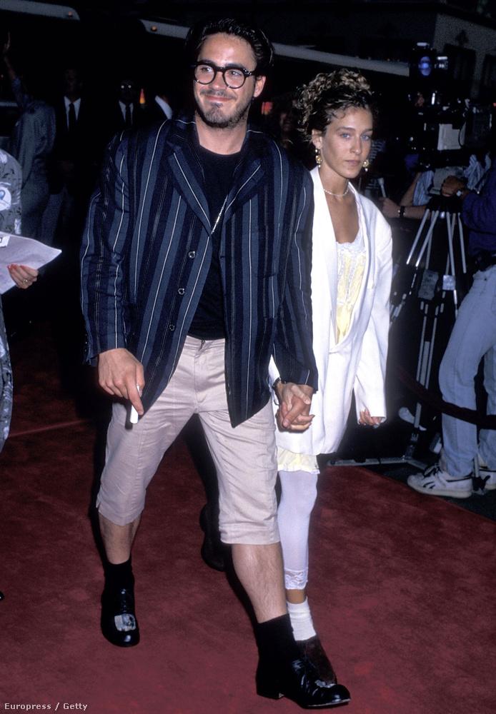 Sarah Jessica Parkerrel hét évig voltak együtt, végül Downey alkohol- és drogproblémái miatt szakítottak.