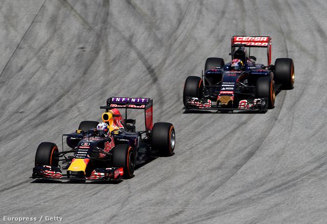 A Red Bull és a Toro Rosso a Maláj GP-n