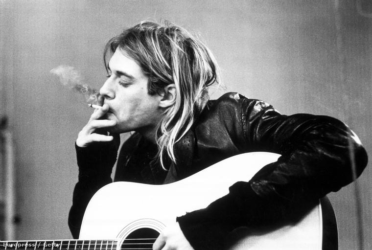 1994-ben a Nirvánával európai turnéra indult, de március elején Rómában pár napra kómába került, miután gyógyszerre ivott egy csomó pezsgőt