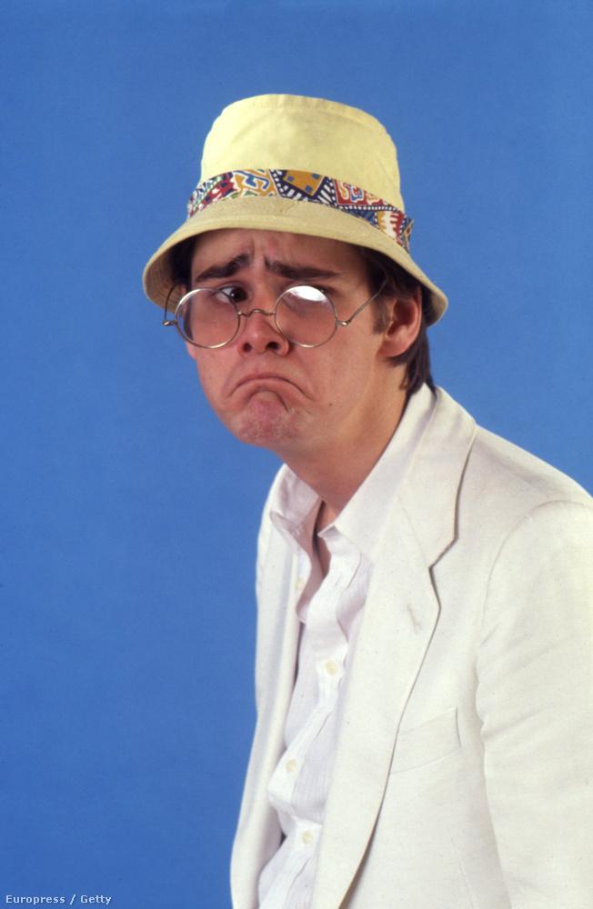 Nem is az a lényeg, hogy Carrey elvileg Henry Fondát utánozza, hanem, hogy van egy ilyen kalapja